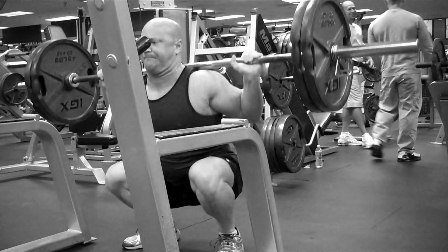 high reps squats for leg mass and size