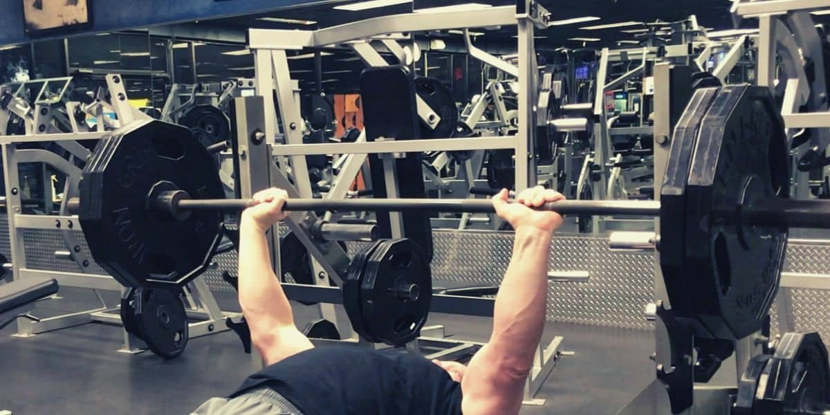 traditional flat bench press