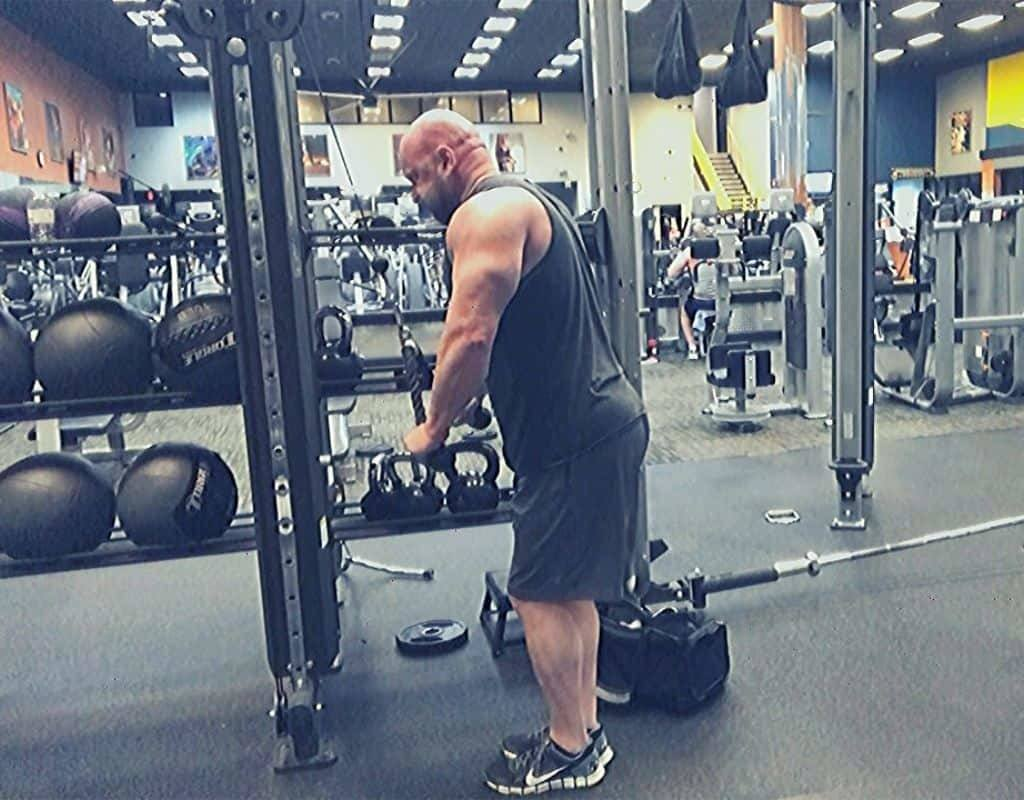 Triceps - rope pushdowns