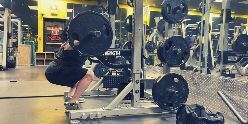 How to Squat Properly - Squat Mistakes